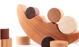 120401-Etsy-Smiling-Tree-Toys-Wood-Balancing-Moon-Toy2