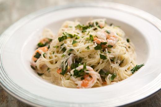 angel hair pasta w shrimp and lemon cream sauce