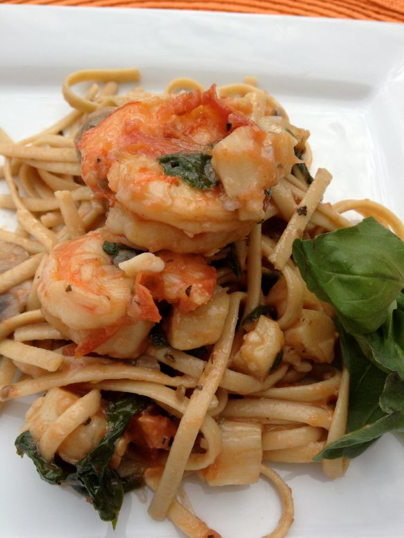 Shrimp and Scallop Linguine with Tomatoes