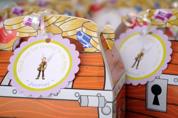 tinkerbell boy gift boxes